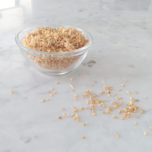 Sprouted sesame seeds
