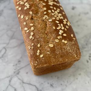 Oats sourdough toast (1 piece)