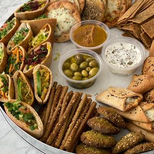 Eid tray with 3 bowls (Gluten-Free)
